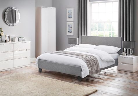 Rialto Bed and Manhattan Roomset
